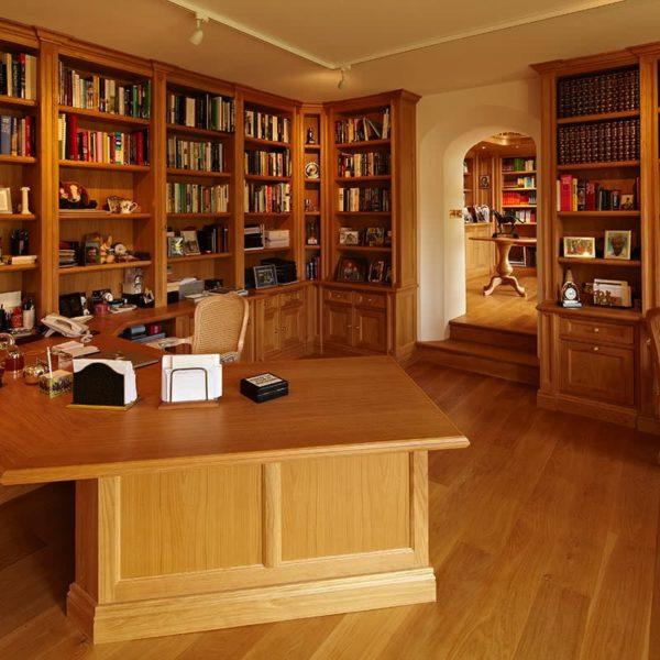 Oxfordshire Bespoke oak Study furniture