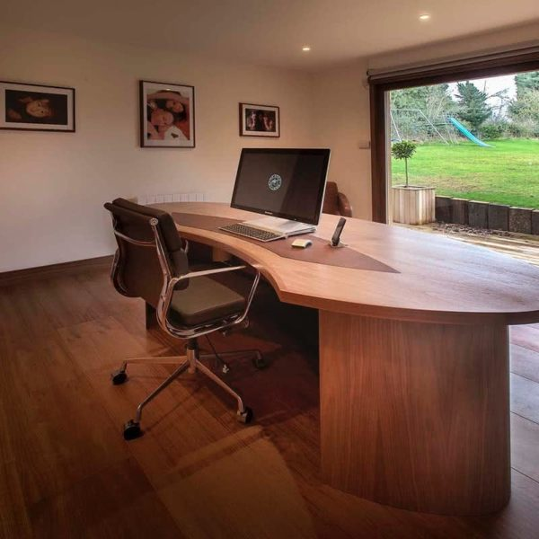 Oxfordshire bespoke garden office furniture