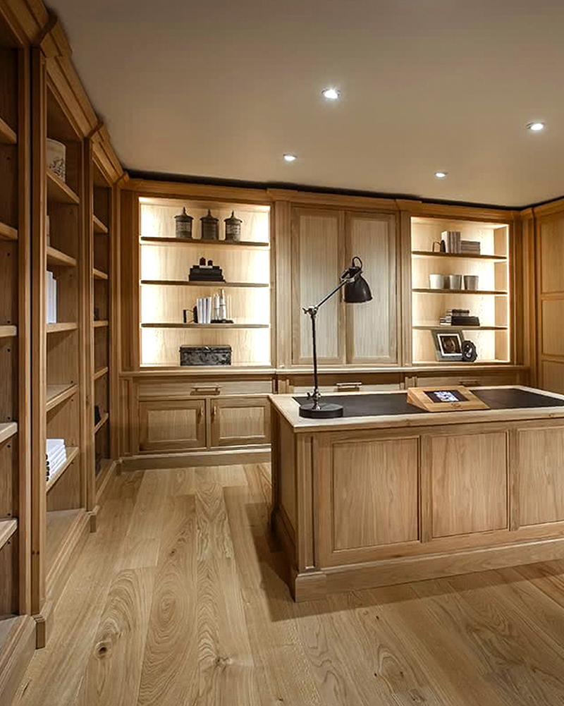 Study fitted furniture